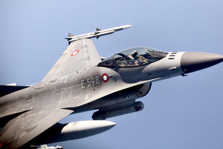Danmark sender syv F-16-fly til Kuwait, hvorfra de skal bombe den fundamentalistiske gruppe Islamisk Stat i Irak.Foto: Polfoto