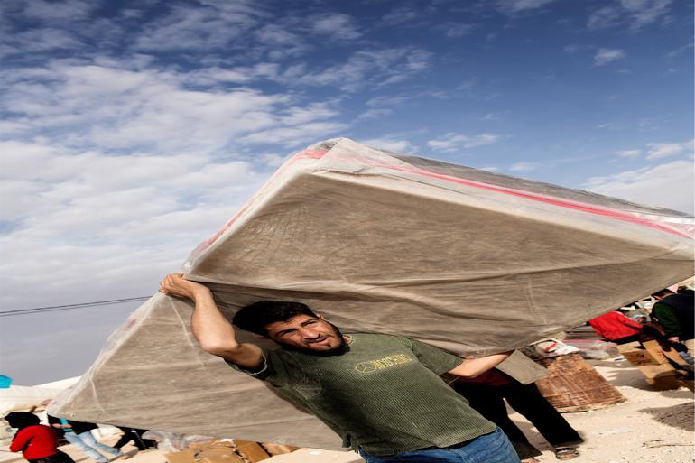 Der er ikke udsigt til en bedring i situationen hverken i Eritrea eller i Syrien, så flygtningestrømmene kommer sandsynligvis til at fortsætte i 2016. I Zaatri-lejren i Jordan bor der nu op mod 80.000 mennesker. Lejren er mere end fordoblet siden december. Foto: Peter Hove Olesen / Polfoto