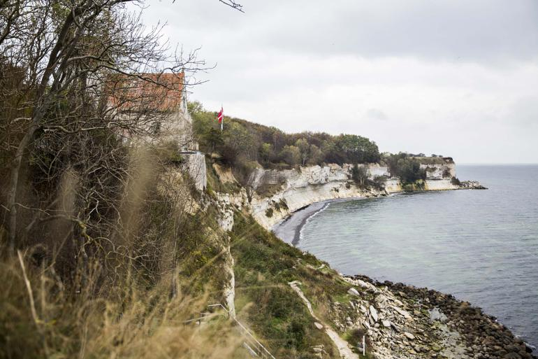 Finansieringen er langt fra på plads ved alle de kommunale projekter, der har fået dispensation til at bygge ud til kysten. Foto: Polfoto / Janus Engel / Arkiv