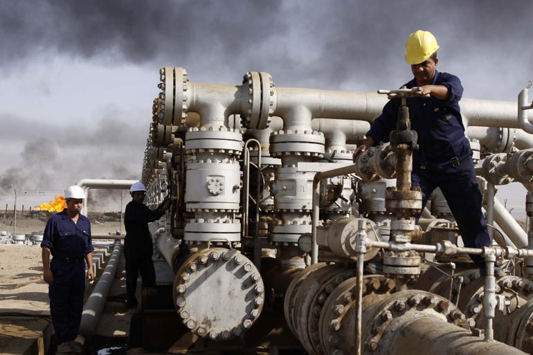 De fossile brændstofselskaber får stadig større negativ opmærksomhed i klimakampen. Forleden lød meldingen fra Lars Løkke Rasmussen (V) ved COP21, at stater bør droppe al støtte til selskaberne, der kan holde deres priser kunstigt lave. Foto: Nabil al-Juran / Polfoto