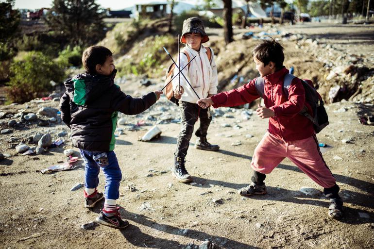 Flygtningebørn har stærke oplevelser med i bagagen og kan derfor have andre behov end deres danske jævnaldrende. Men hvilke? Hos institutionerne er der rift om en ny guide. Foto: Rasmus Flindt Pedersen / Polfoto