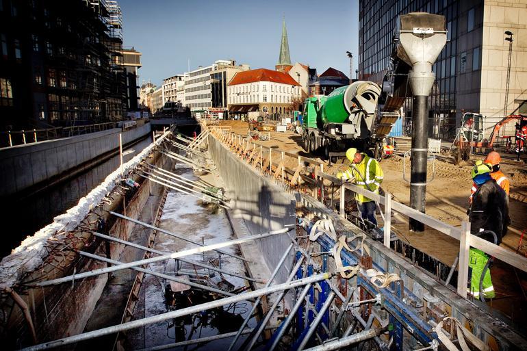 Som et led i klimasikring i Aarhus frilagde man i 2013 den sidste del af Aarhus Å og installerede pumper og sluser.  Foto: Finn Frandsen / Polfoto