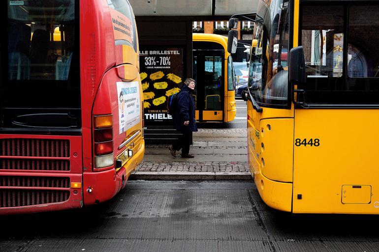 Især kollektiv trafik og arbejdsmarkedsforanstaltninger har haft stor vækst i konkurrenceudsættelse siden 2007, viser ny undersøgelse. Foto: Thomas Borberg / Polfoto