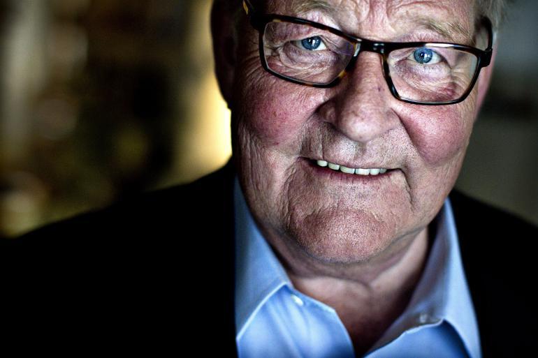 De Radikales tidligere leder Niels Helveg Petersen er død
