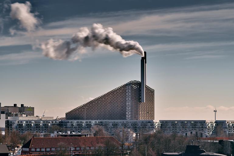 Affaldsselskab skærper regler efter omfattende lovbrud