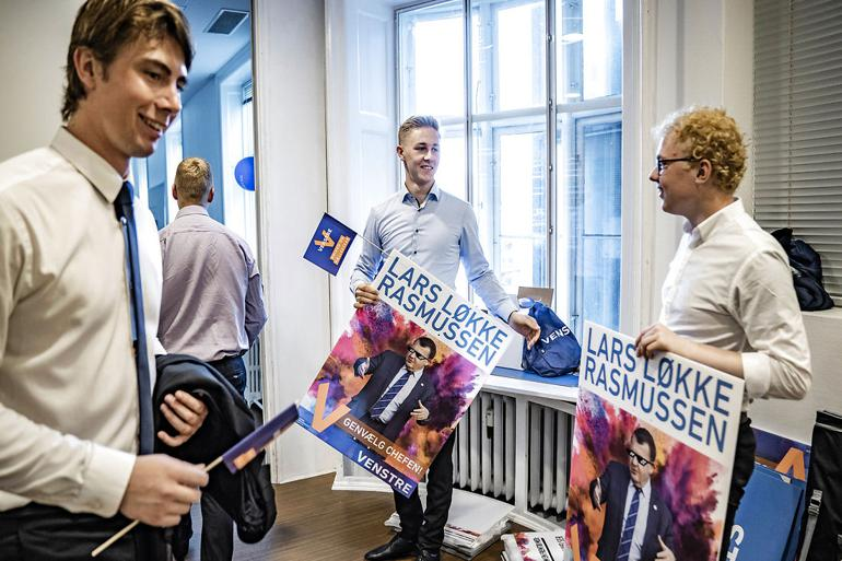 Hos Venstres Ungdom gør aktivister klar til kamp under valgkampen i 2019. Partiet har i 2019 medlemsfremgang for første gang i fire år.