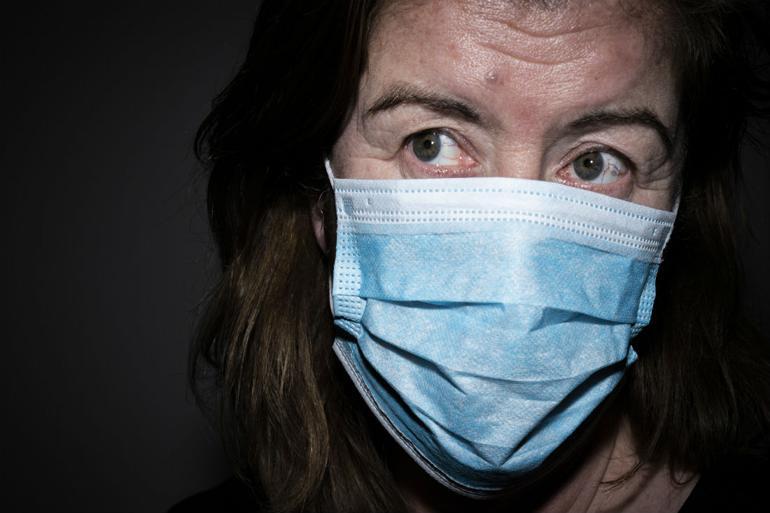 Læger: Mundbind er unødvendigt i Danmark