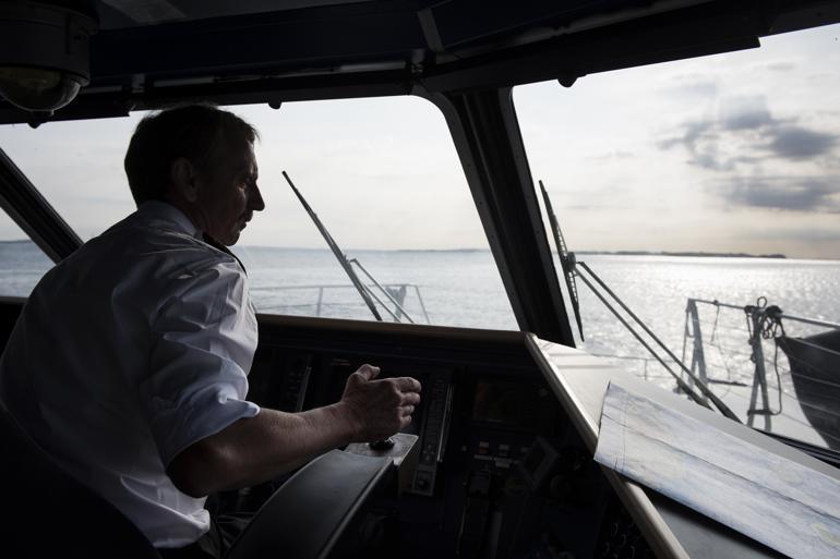 Kaptajn computer i det automatiske hav
