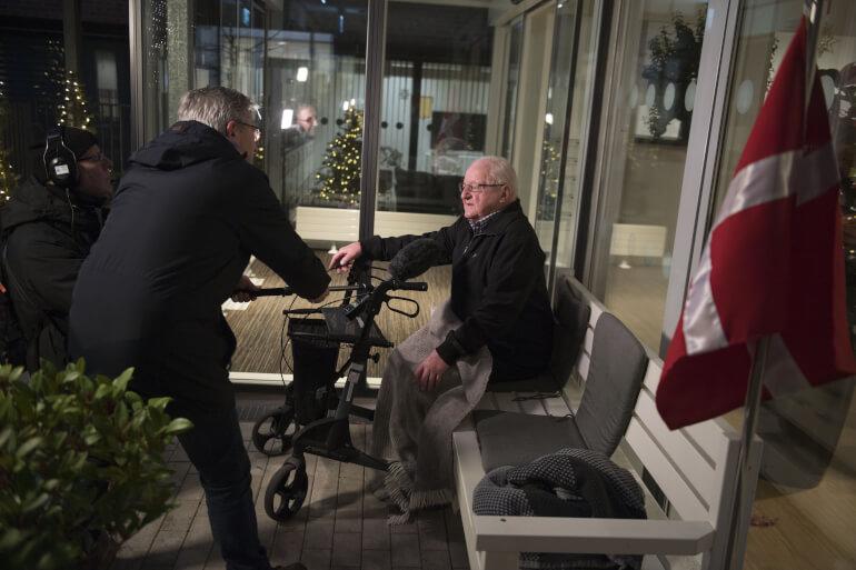 92-årige Chresten Balsgaard blev i julen den første coronavaccinerede i Nordjylland, da han blev stukket på sit plejehjem Birkebo. Inden udgangen af januar har alle plejehjemsbeboere fået coronavaccinen.
