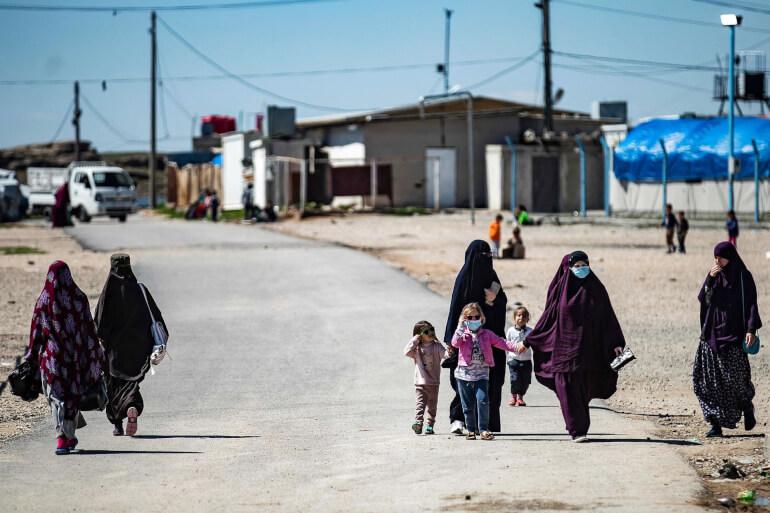 Kriminolog: At redde børnene uden deres mødre vil være nyttesløst og ulovligt
