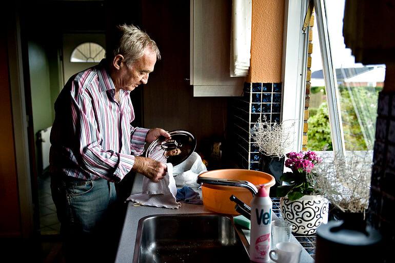 Ældre må undvære hjemmehjælp, fordi der mangler vikarer